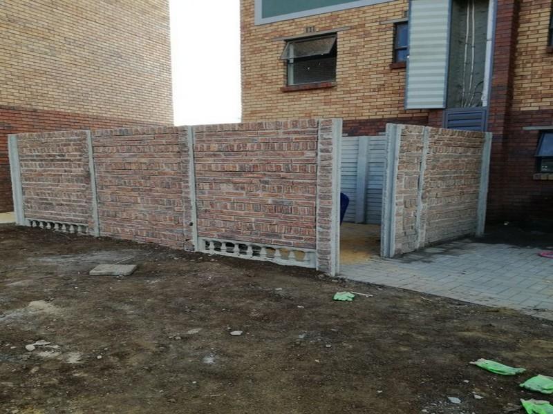 Pre Cast Concrete Housing5-2670